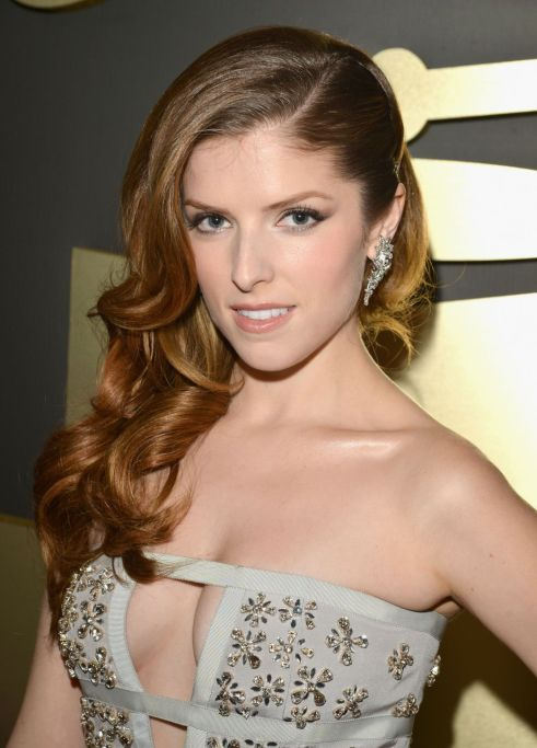 Anna Kendrick at 2014 Grammy Awards (photo: Getty Images)