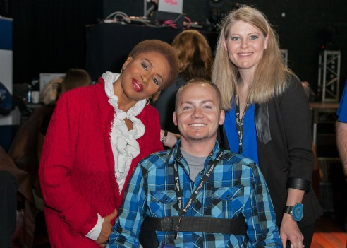 Actress_Jenifer_Lewis_with_wounded_warrior_Matthew_Keil_and_his_wife_Tracy_Keil-_Albert_Evangelista