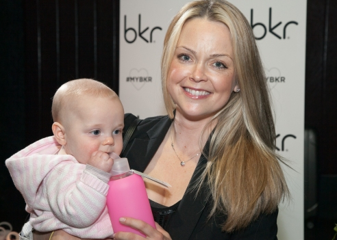 Actress_Marisa_Coughlan_and_her_daughter_with_bkr_-_Buck_Lewis_