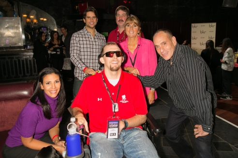 Actress_Wendy_Davis,_TV_star_Justin_Bird,_Michael_Hopkins,_Lisa_Hopkins,_Wounded_Warrior_Josh_Sommers_and_actor_Nestor_Serrano_-_Andy_Halbeck