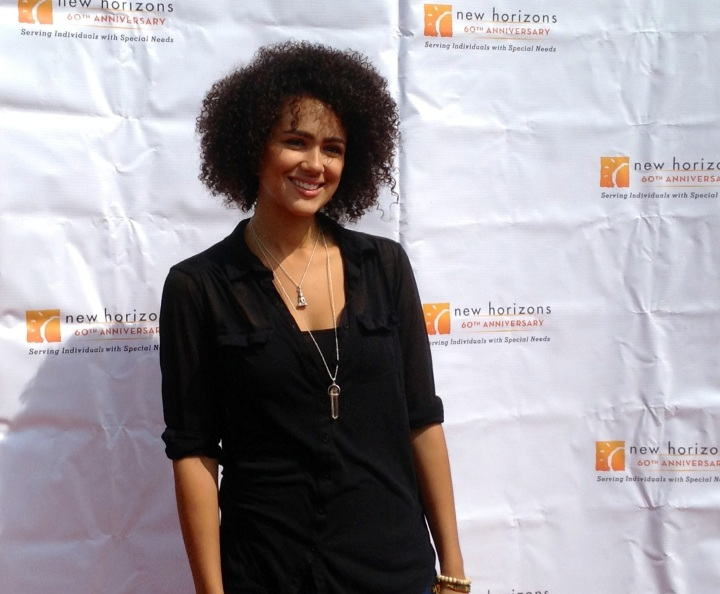 Nathalie Emmanuel (Game of Thrones) showing her support of New Horizons at their 7th Annual 5k Run/Walk on the Horizon (photo credit: Rochelle Robinson)