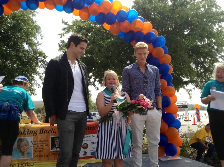Brant Daughtry (Pretty Little Liars) and Cody Simpson (Singer) honoring Lauren Potter (Glee) at New Horizons Annual 5k Run/Walk on the Horizon  (photo credit: Rochelle Robinson)