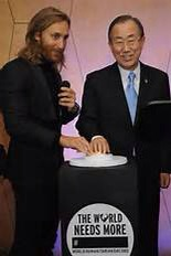"DJ David Guetta with United Nations Secretary-General Ban Ki-moon debuting the video for his song ""One Voice""  (Getty Images)"