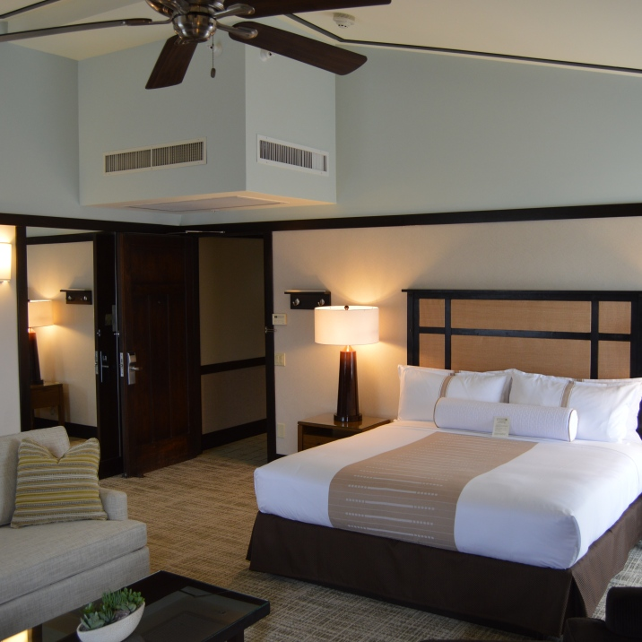 Rustic and elegant, Ambrose Hotel, provides 77 gorgeous rooms for each of its guests