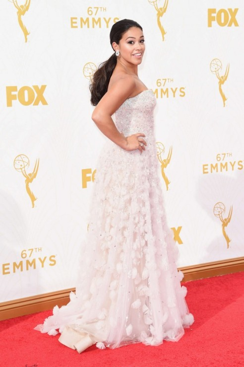 Gina-Rodriguez--2015-Emmy-Awards--01-662x996
