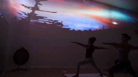 Earth's Power Yoga near Melrose and Fairfax