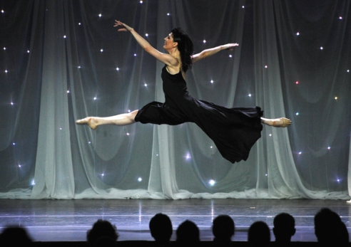 Scene from the American Ballet Theatre's 75th Anniversary Holiday Benefit held at the Beverly Hilton on December 7, 2015 in Beverly Hills, California. (Photo By Vince Bucci Photography)