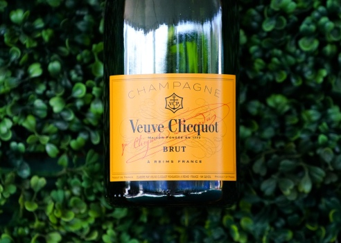 THE SEVENTH ANNUAL VEUVE CLICQUOT POLO CLASSIC LOS ANGELES - ARRIVALS