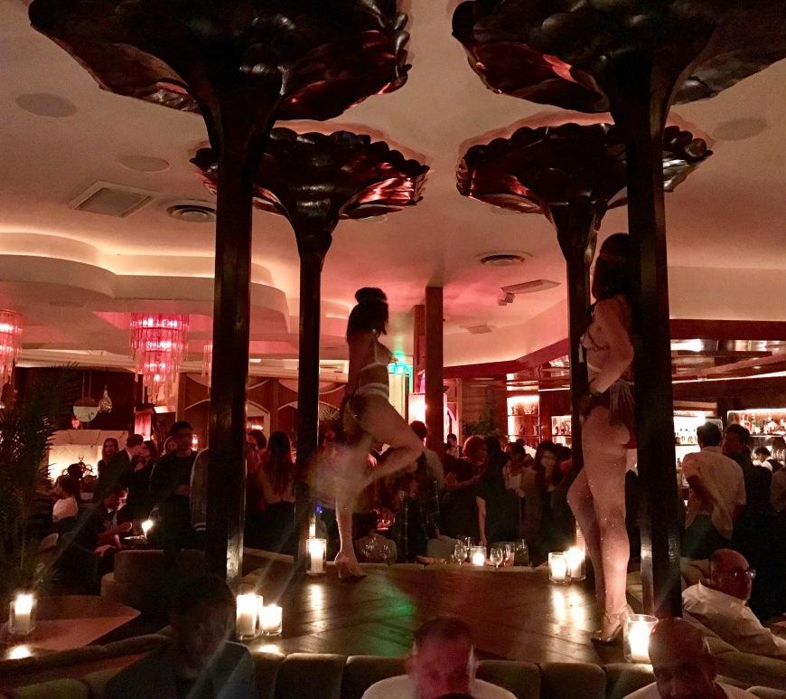 Delilah Hollywood lounge